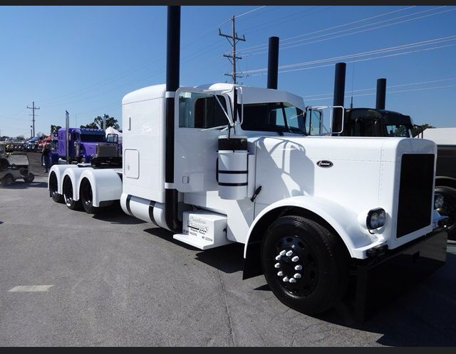 Custom Semi Truck With Images Semi Trucks Trucks Peterbilt