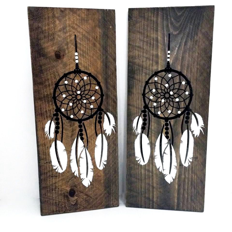 Dream Catcher on Reclaimed Wood Sign- Girls Bedroom, Wall Decor, Reclaimed Barn wood, Tribal Design, Gift for Her, Aztec Arrow Sign by LEVinyl on Etsy