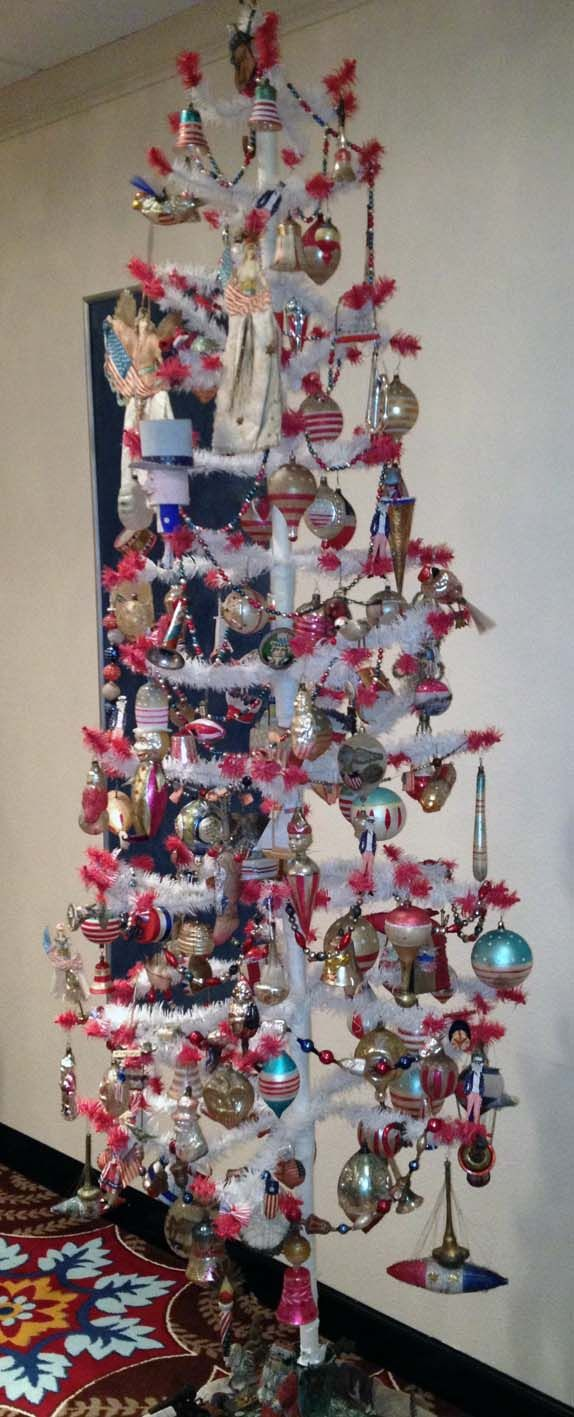 patriotic decorated white feather christmas tree golden glow of christmas past convention - Golden Glow Of Christmas Past