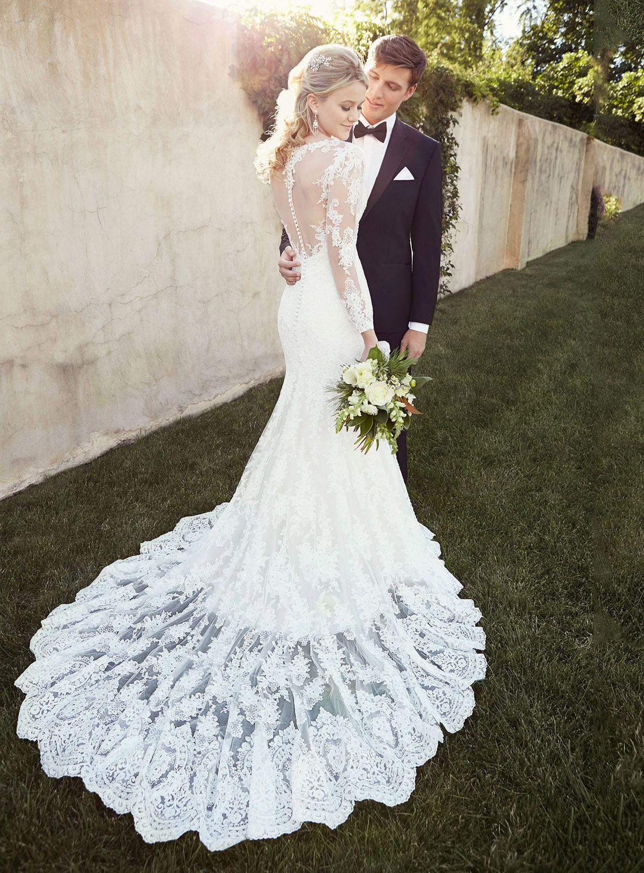 Elegant tulle bateau neckline natural waistline mermaid wedding
