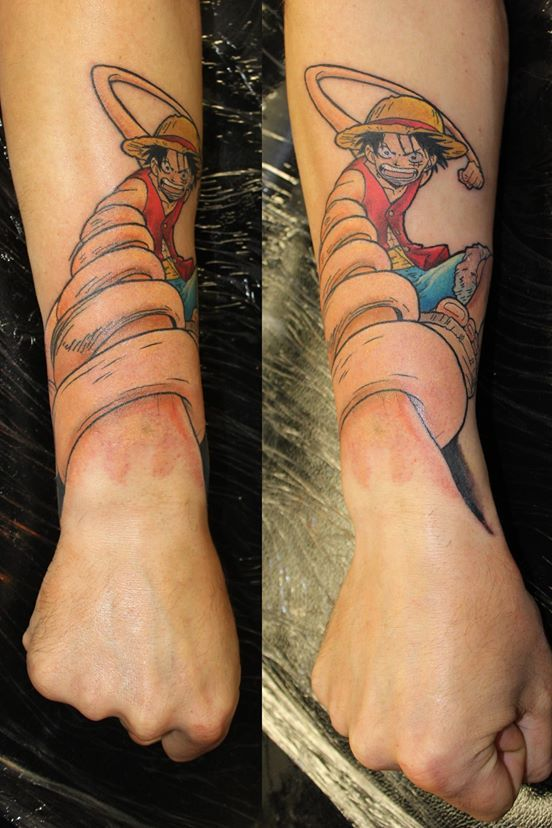 Pin By Nai Sinned On Tatts Tattoos Anime Tattoos One Piece Tattoos