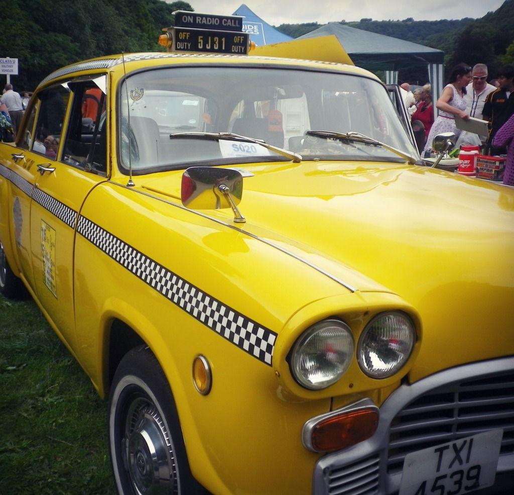 In Pictures: #hebdenbridge Vintage Cars Weekend - Mathilde heart Manech |UK lifestyle blog