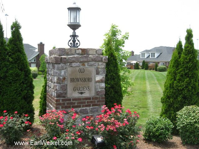Old Brownsboro Gardens Louisville Ky 40241 Condos For Sale Off Chamberlain Lane Between Brownsboro Rd And Westport Rd Condos For Sale Louisville Ky Louisville