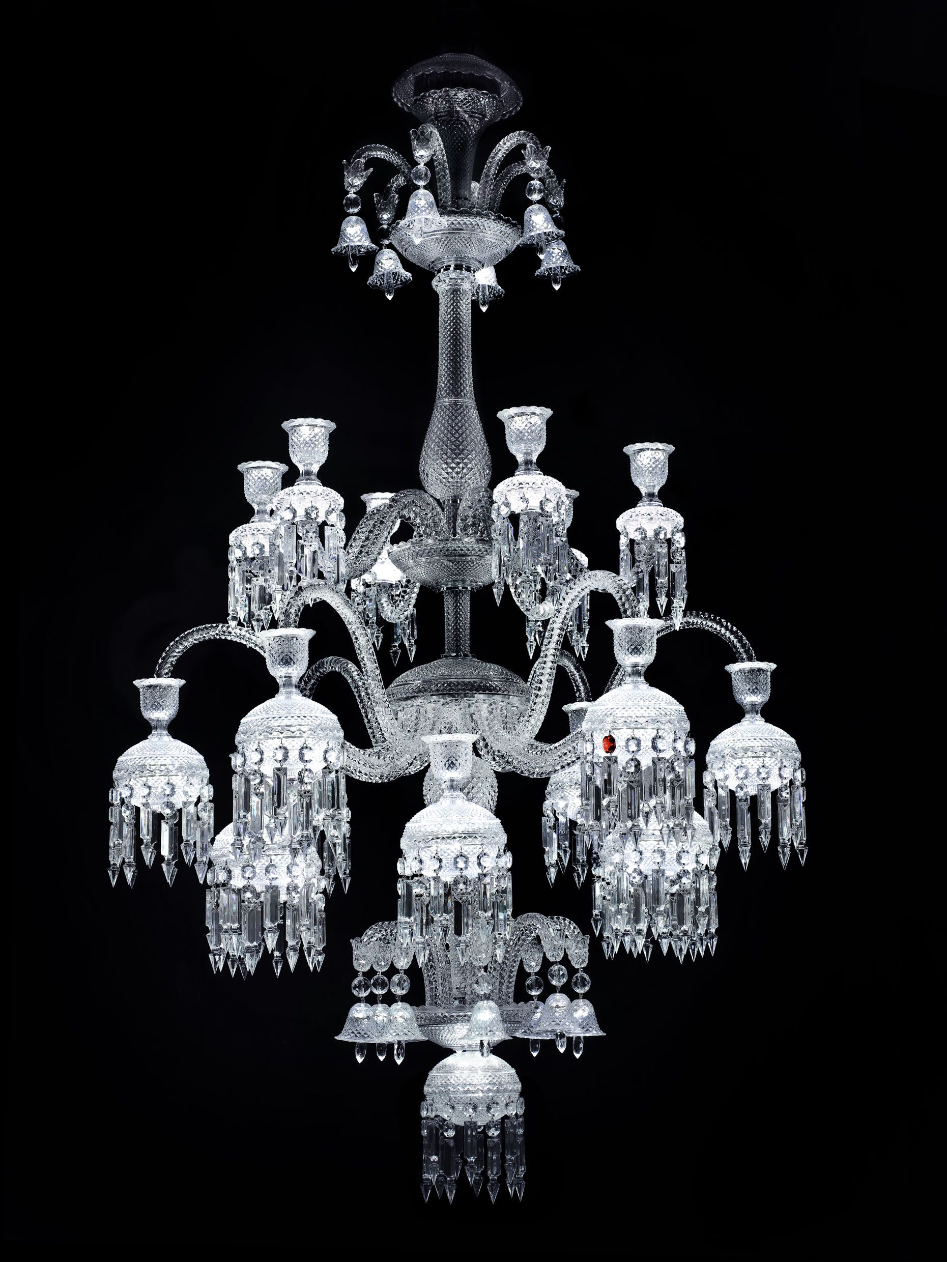 Report From The Opening Of Exhibition Chandeliers Juwels Light