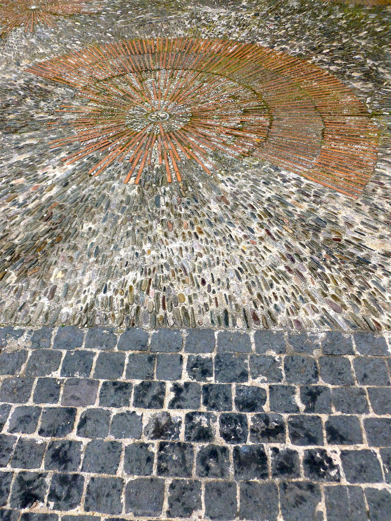 den delve stone paving garden design on ttl design