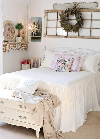 Photo of Ruffle Skirt Bedspread Set