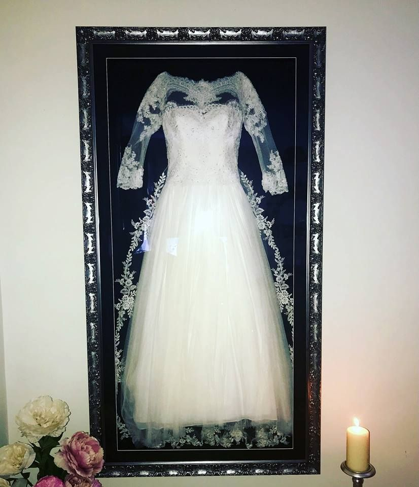 Pin de The Beautiful Frame Company en Framed Wedding Dress | Pinterest