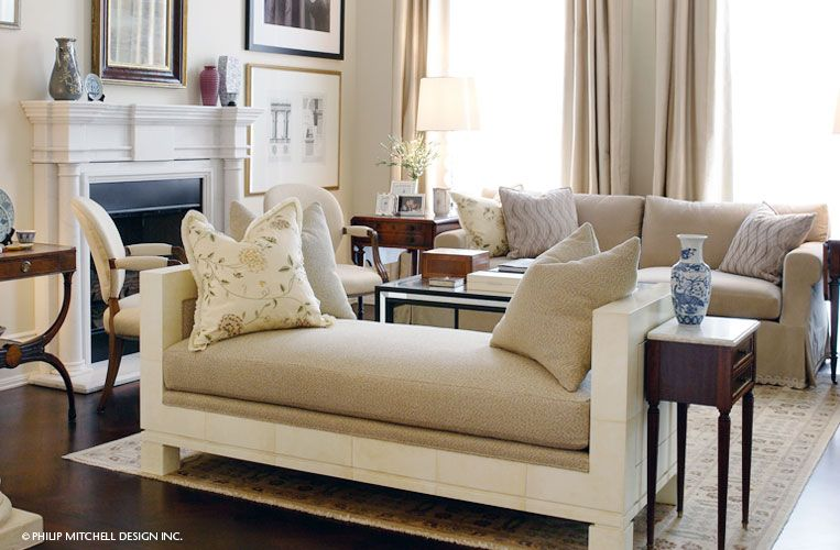 Another View Nice That The Frames Differ Too Daybed In Living Room Settee Living Room French Living Rooms