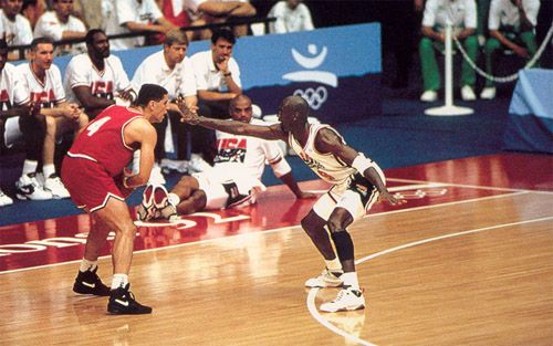 escanear escanear whisky  Drazen Petrovic vs Michael Jordan, Barcelona 92   1992 olympics, Michael  jordan, Jordans