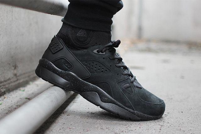 a70220d27a25 NIKE ACG AIR MOWABB (TRIPLE BLACK) - Sneaker Freaker