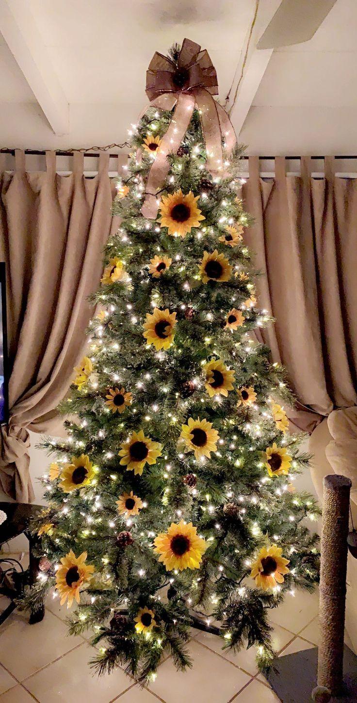 My Sunflower tree🌻 Black christmas trees, Fall christmas