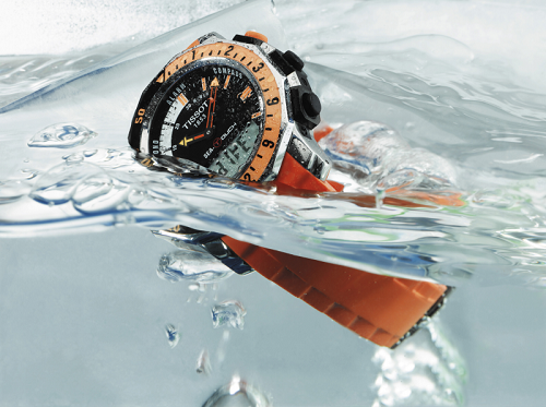 khắc phục tình trang đồng hồ bị thấm nước trong mùa mưa