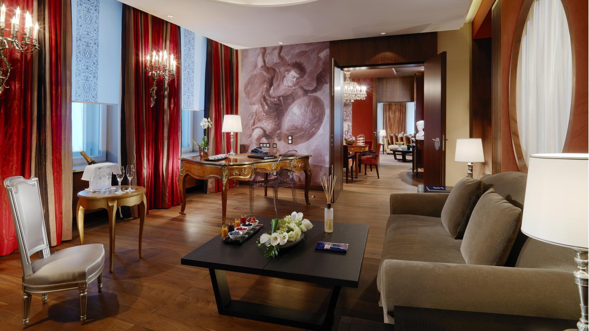 Nice Hotel Vier Jahreszeiten Kempinski Munich Munich Germany
