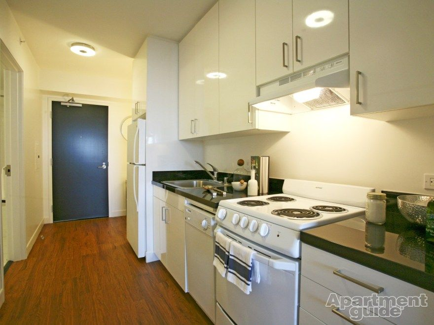 Apartments For Rent And Rentals Free Apartment Finder Kitchen Entryway Hardwood Floors Amazing Apartments