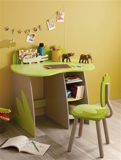 bureau savane party vert vertbaudet enfant petit. Black Bedroom Furniture Sets. Home Design Ideas