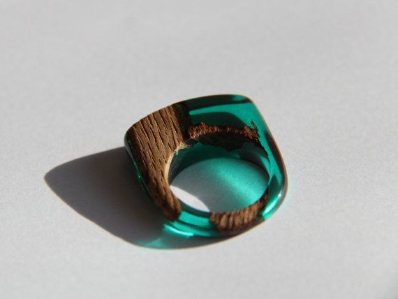 wooden ring and green resin epoxy et r sine pinterest. Black Bedroom Furniture Sets. Home Design Ideas