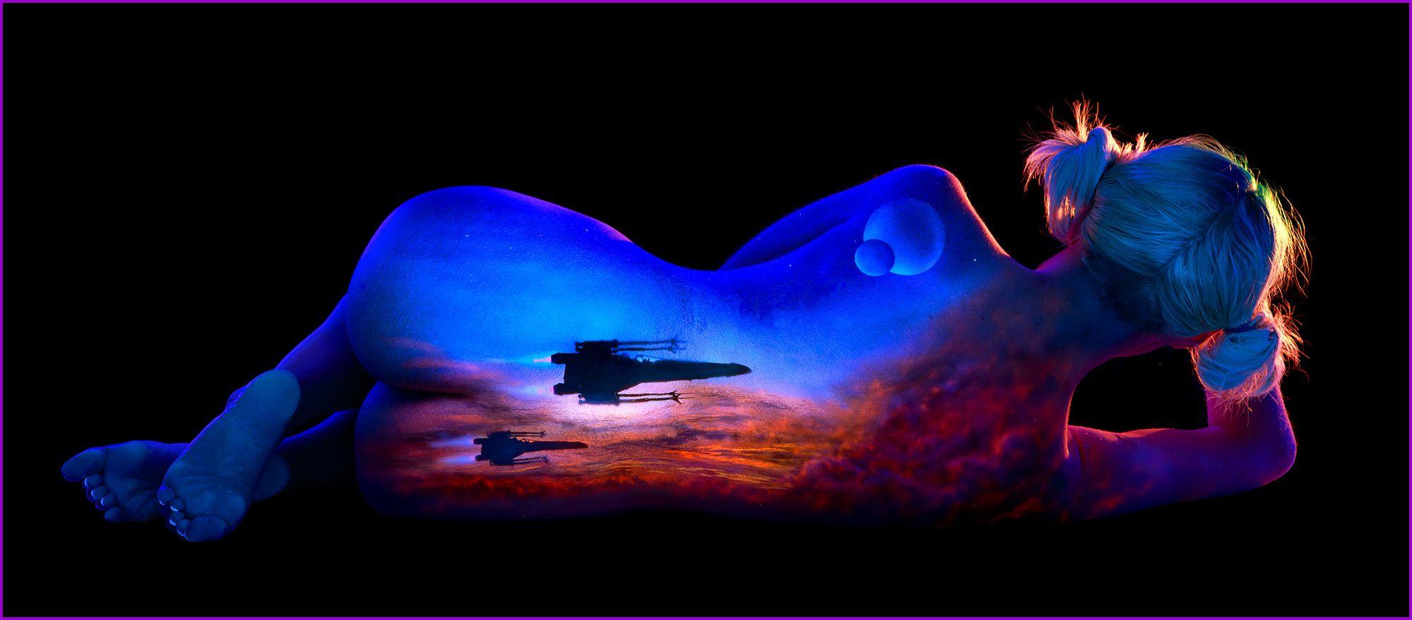 Blacklight naked — 10