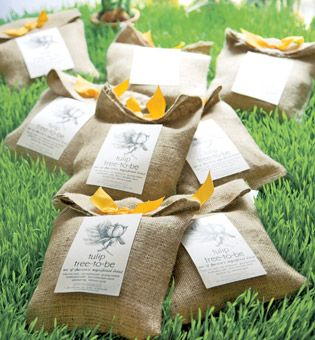 Elegantly Wrapped Favors Of Tulip Bulbs Are The Prefect Gift For A Garden  Party. U201c
