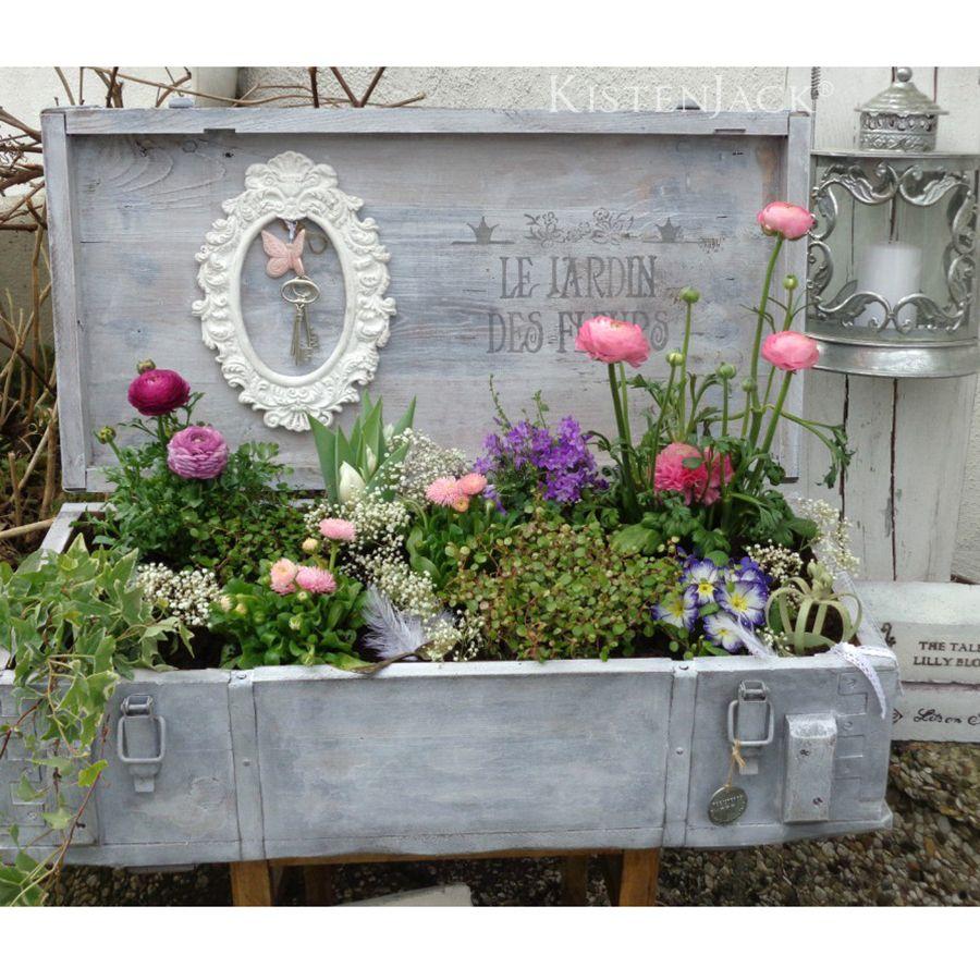 Blumenkasten aus Transportkiste #gartenupcycling