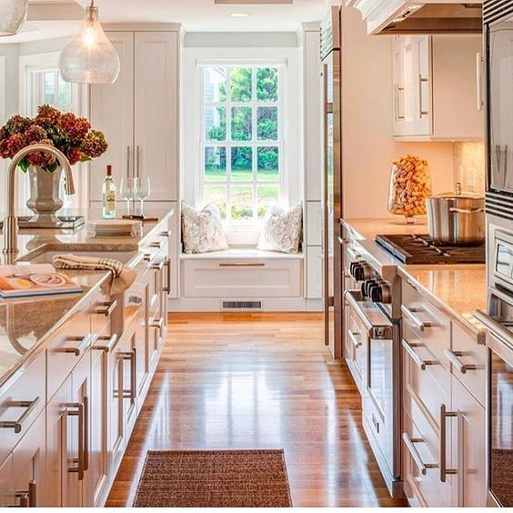 29 Awesome Galley Kitchen Remodel Ideas, Design, & Inspiration #opengalleykitchen