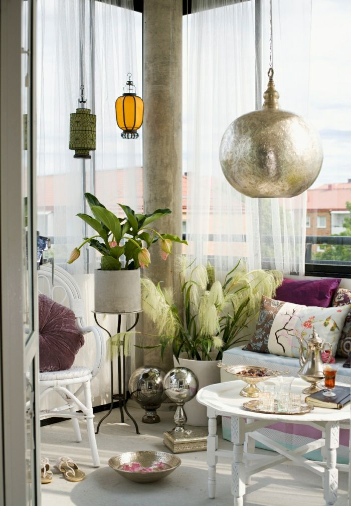 Balkon gestalten orientalisch  balkon gestalten balkonmöbel orientalisch pendelleuchte laternen ...