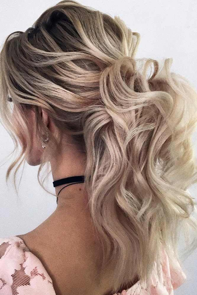 Voluminous Curly Ponytail Hairstyle For Prom Night #ponytail ★ It is high time to think ab… | Ponytail hairstyles easy, Medium hair styles, Prom ponytail hairstyles