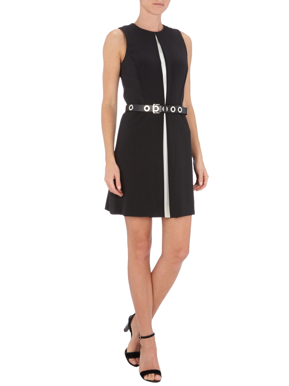 Michael Kors Kleid mit Kontrasteinsätzen und Nietengürtel