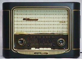 Grundig Classic 960 Anniversary Model by AlleyCatzVintage on Etsy, $100.00