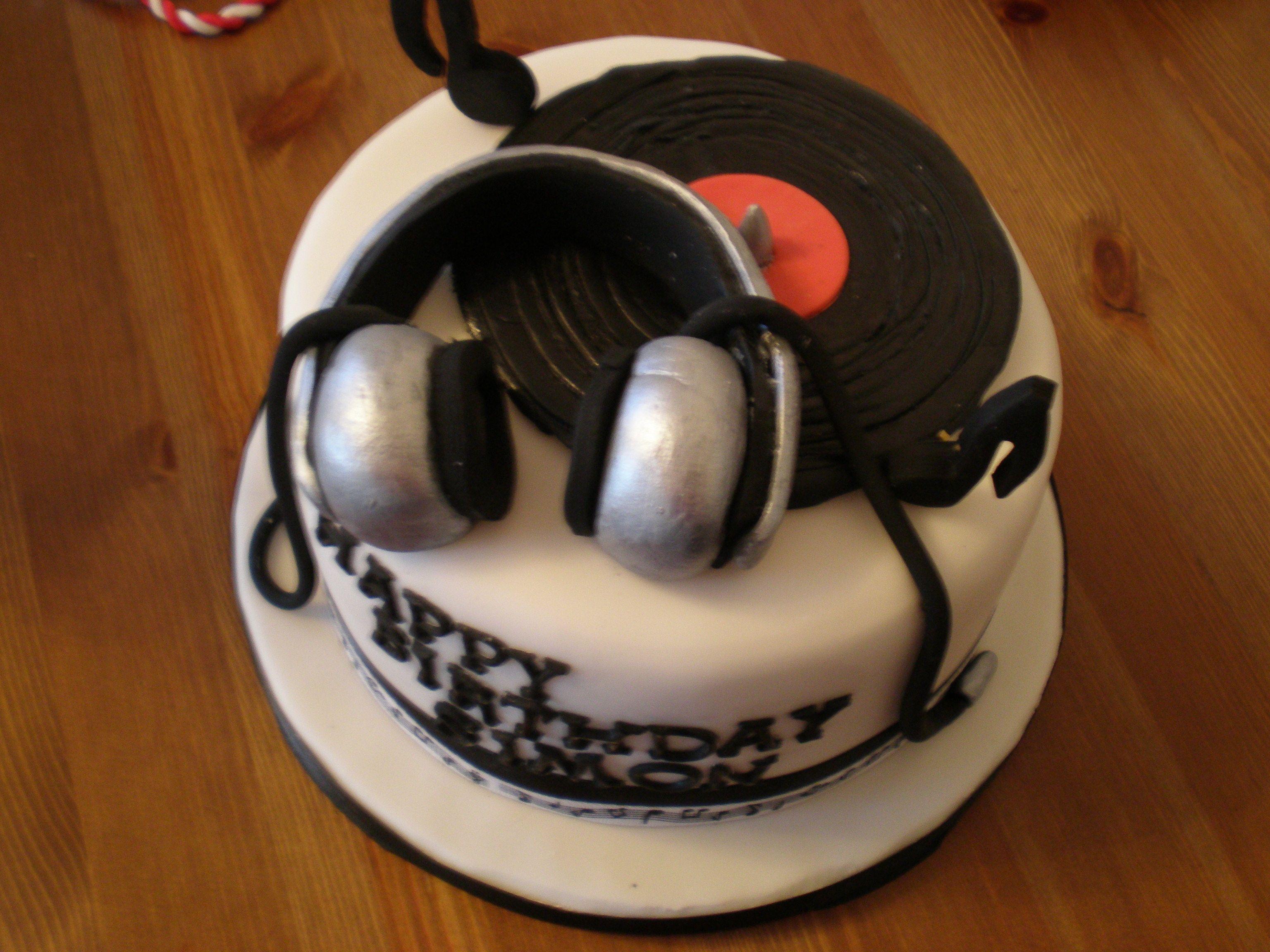 DJ Themed Birthday Cake Wwwkitchenfairiesleedscouk Cakes - Birthday cakes encinitas