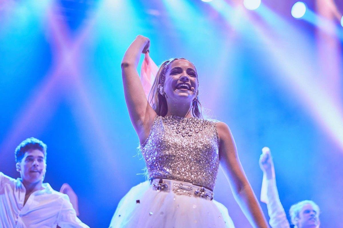 Luna Park 21 De Septiembre 2019 In 2020 Actresses Live For Yourself Celebrities
