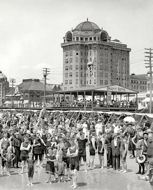 Circa 1906 Atlantic City Hotel Traymore And Brady S Baths Atlantic City Old Photos Shorpy Historical Photos