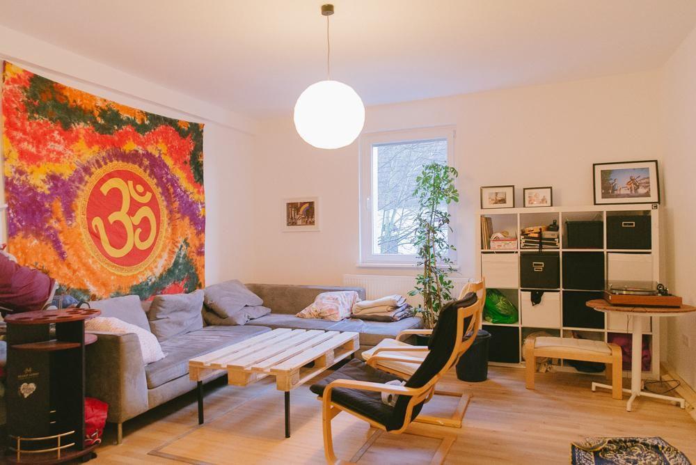DIY-Wohnzimmertisch aus Paletten. #Dortmund #WG #Zimmer #Einrichtung ...