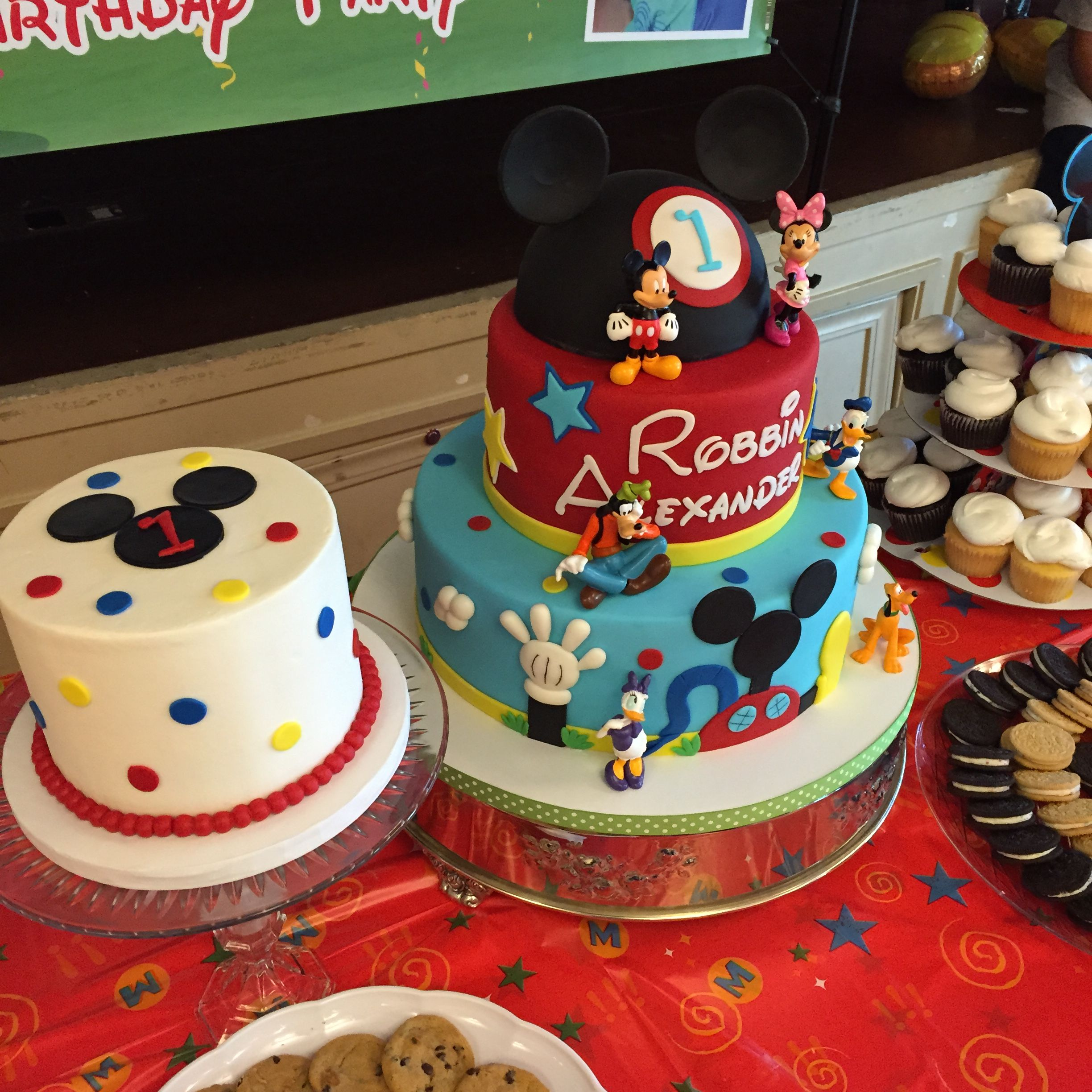 Mickey Mouse Clubhouse Cake And Buttercream Smash Cake With