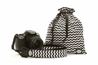Black and White Chevron Camera Strap and Bag - cannot get cuter than this! Great for the Fall. Available at Target soon - check back for locations http://www.modstraps.com