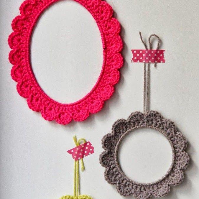 Ornements de maison tricotés colorés   Modèles et échantillons de travaux d'aiguille, travaux d'aiguille …   – knitted ideas