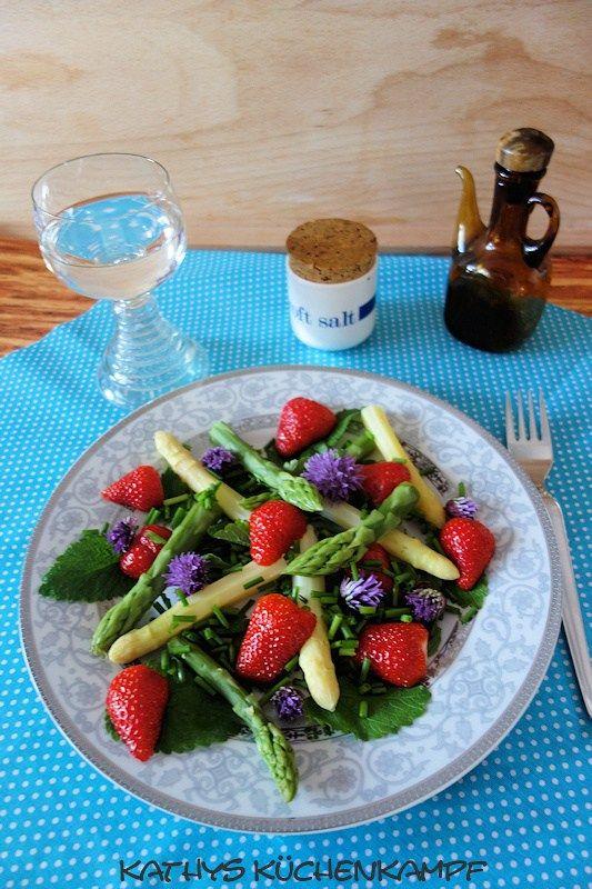 Erdbeer spargelsalat low carb