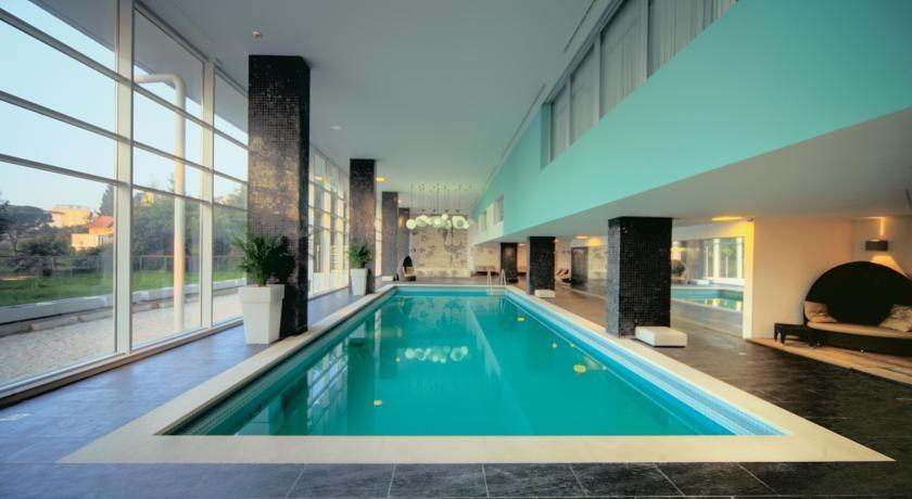 Remisens Premium Hotel Ambasador  - Feliksa Persica 5, 51410 Opatija (Abbazia), Croazia