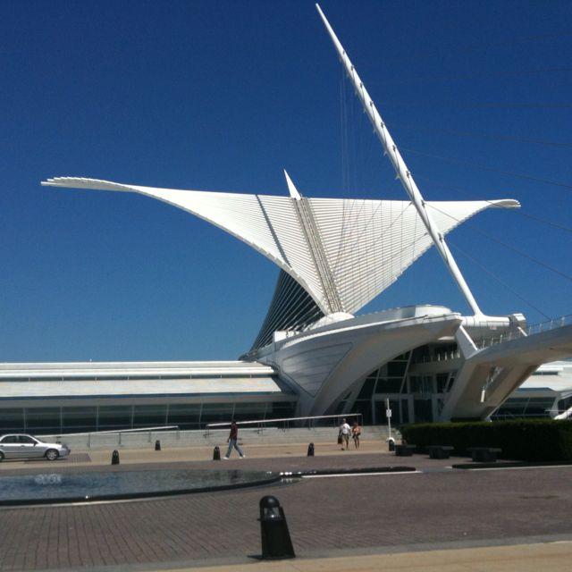 Milwaukee Art Museum Calatrava Wing