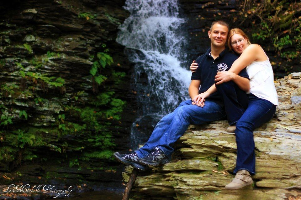 Bushkill Falls Pa Great To Do Engagement Pictures There