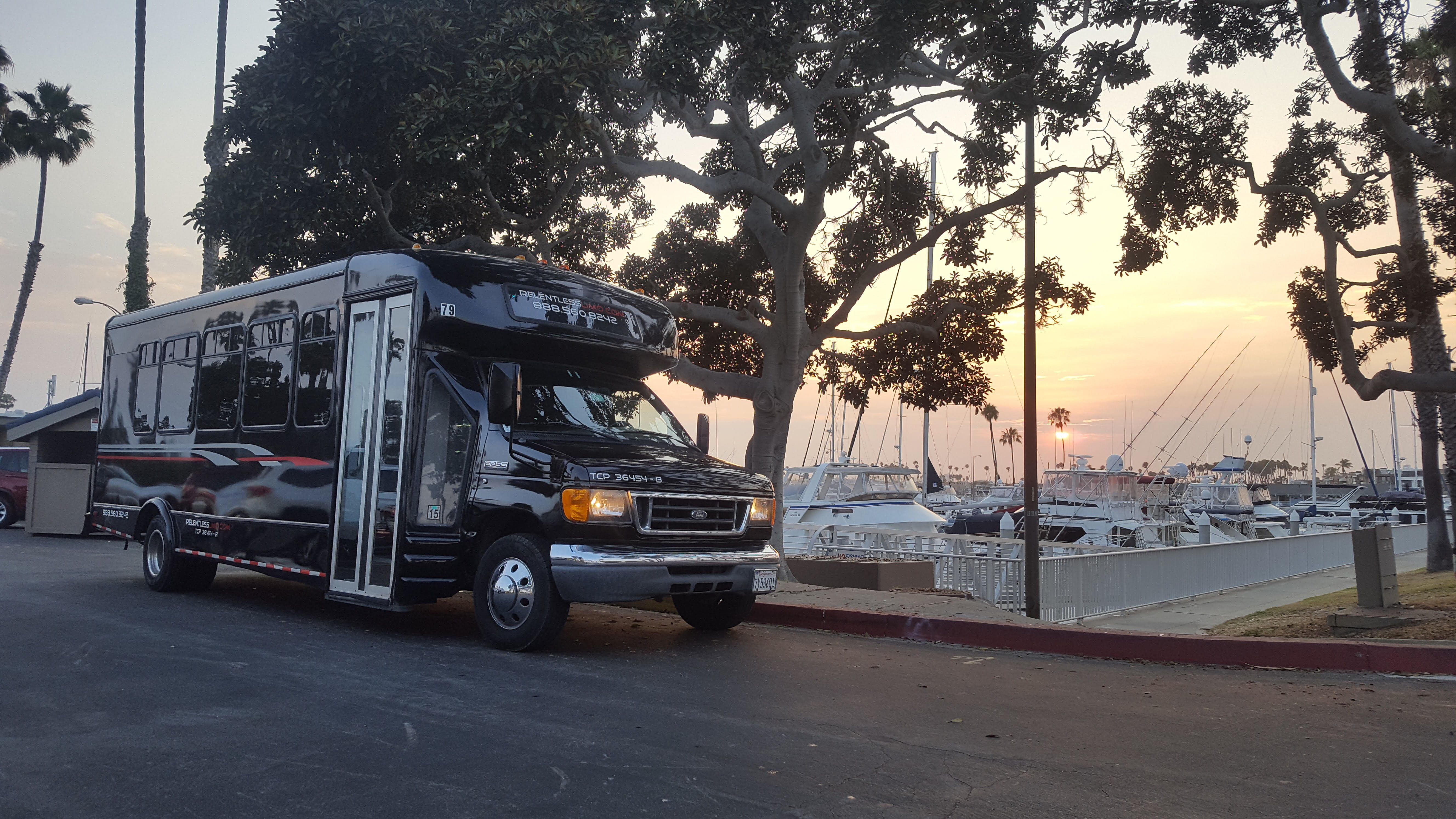 Limo Service In Long Beach Party Bus Limousine Rental Party Bus