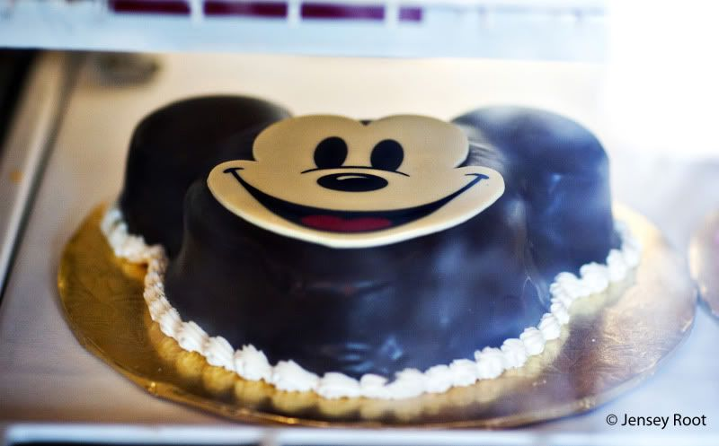 How to Order a Birthday Cake at Walt Disney World the disney food