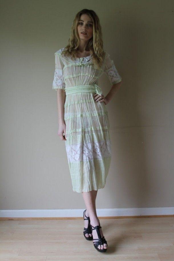 1930 muslin dress..