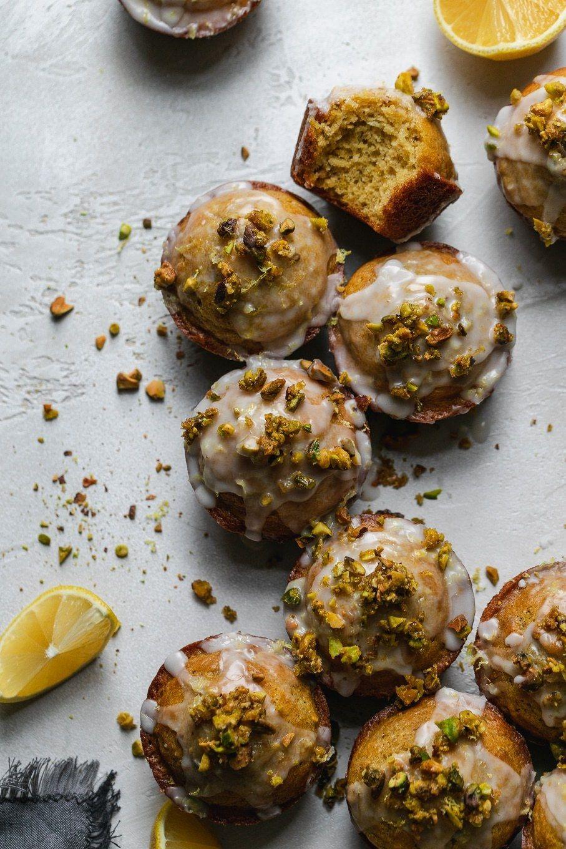 Lemon Pistachio Muffins with Lemon Glaze and Candied Pistachios These Lemon Pistachio Muffins are t