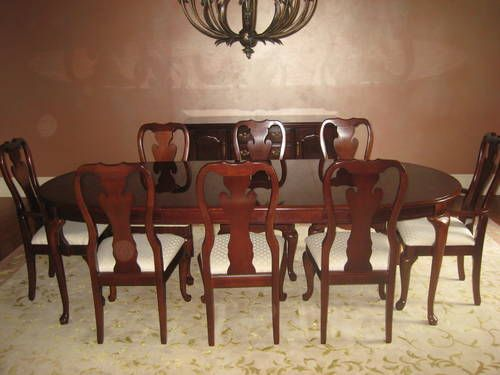 Captivating Dining Room Table W/ 8 Chairs Thomasville Cherry Winston Court II
