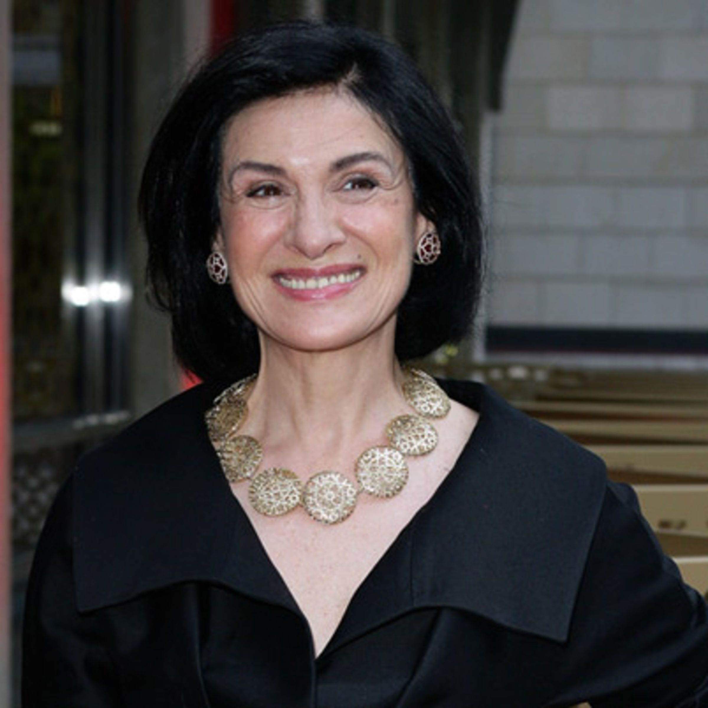 Paloma Picasso Known For Her Signature Lipstick Color Paloma Picasso Designed