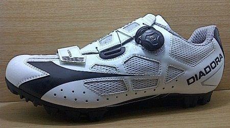Kode Sepatu Diadora MTB X Vortex White  8fa5ff8c9e