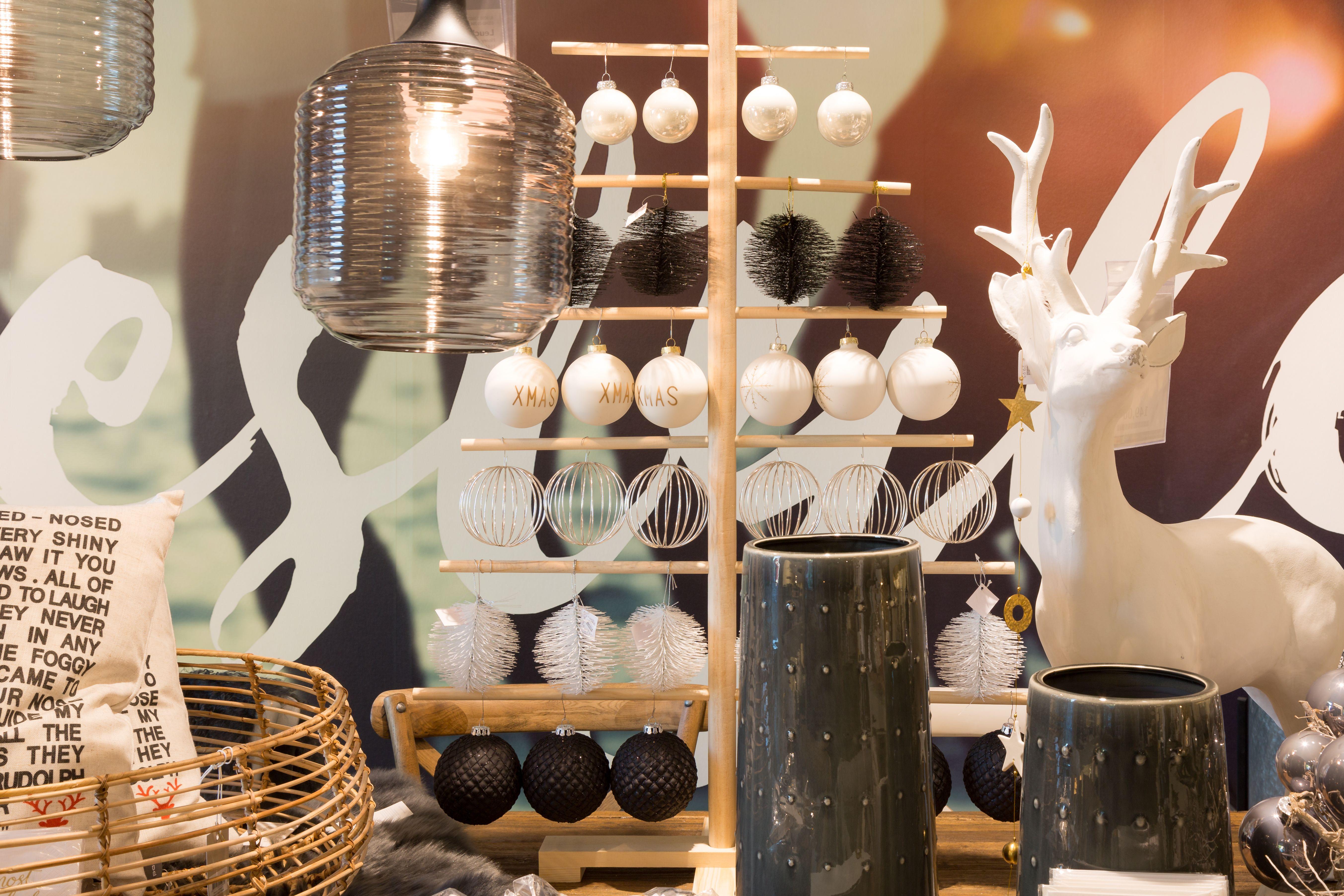 Unsere Weihnachtsaustellung Ist Ab Sofort Fur Sie Geoffnet Wir Freuen Uns Auf Ihren Besuch Weihnachten Xmas Christmas Ideenhaus Rodem Essen Bochum Idee