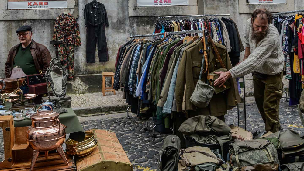 What to Do with Old Clothes That Cannot Be Donated