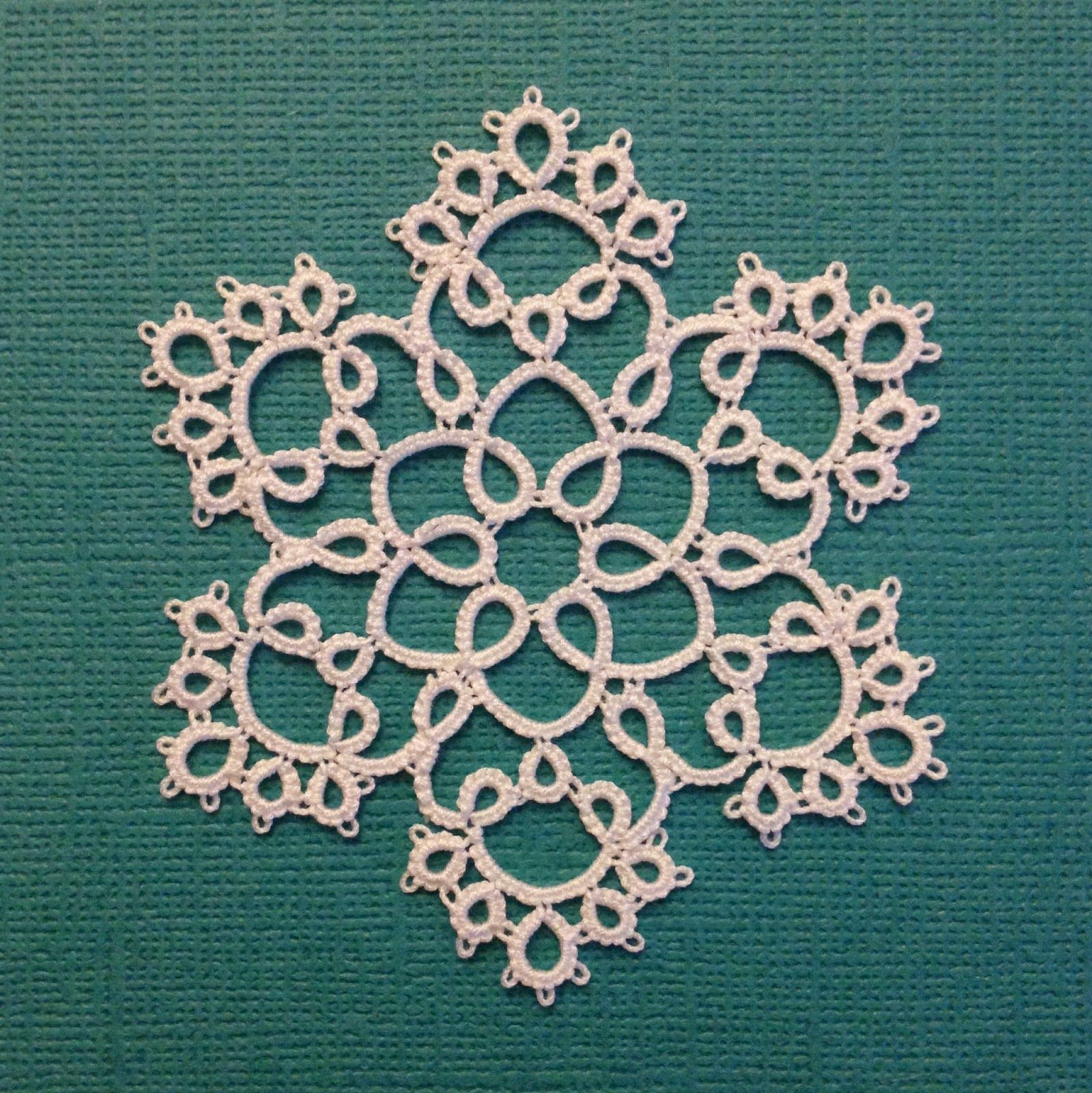 Tatting By The Bay Free Patterns Robin Perfetti Is So Nice To Offer Crochet Coaster Diagrams A Few Pretty Snowflakes Such Wonderful She Does Have For Sale On Etsy Under Name