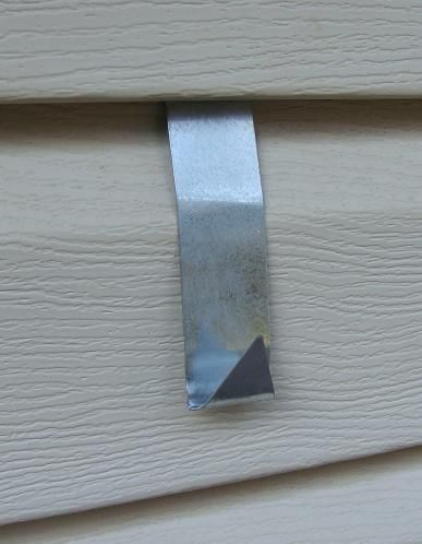 Vinyl Or Aluminum House Siding Hook Mounting Bracket